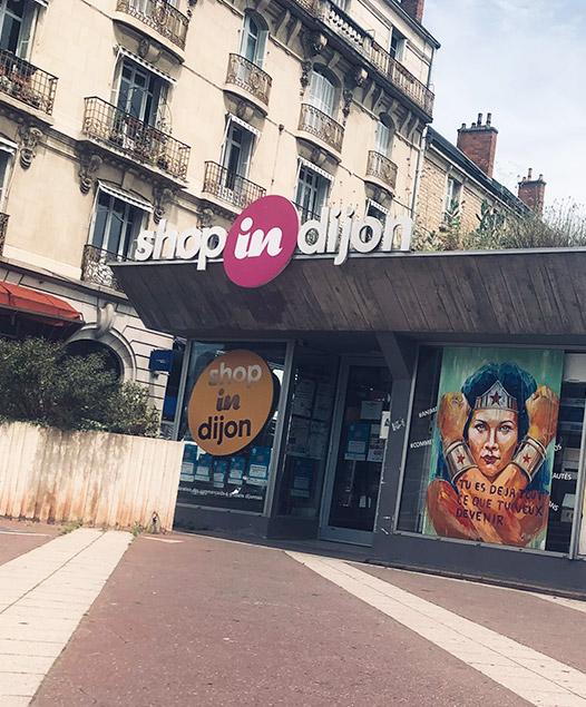 Shop in Dijon agence centre ville